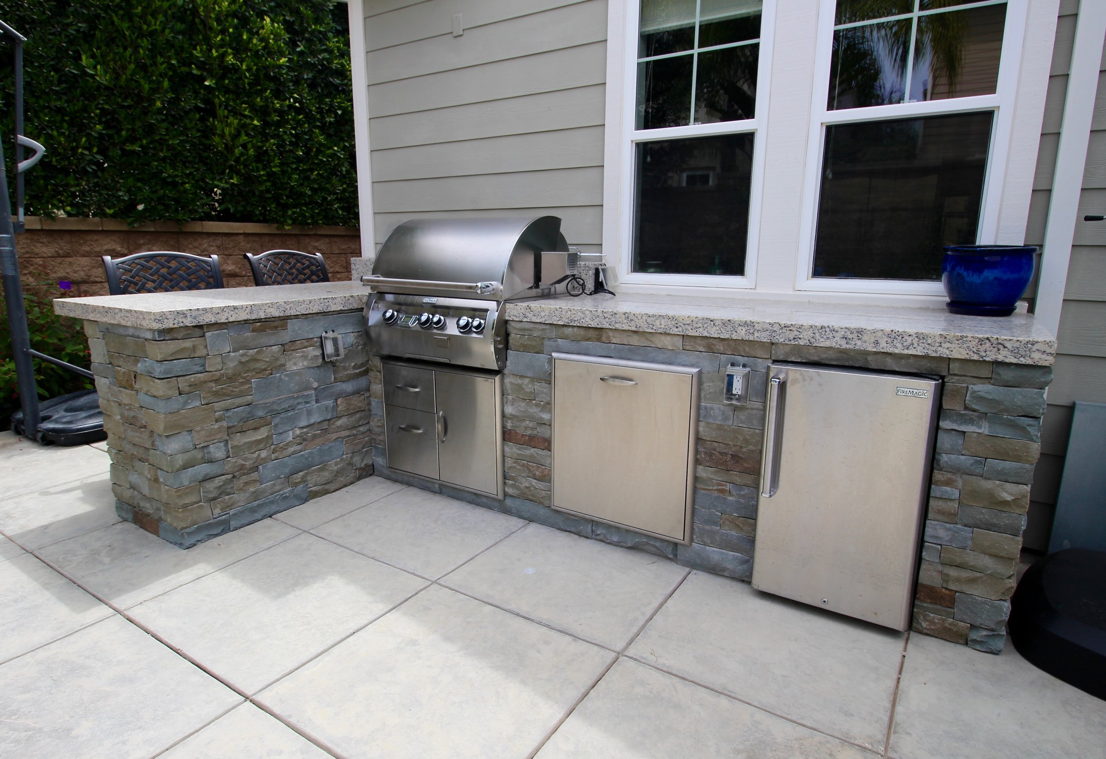 Outdoor Kitchens and BBQ Grills - Horusicky Construction